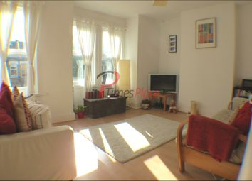 Thumbnail 1 bed flat to rent in Dingwall Road, Earlsfield, Wandsworth