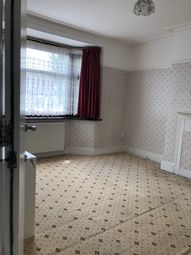 Thumbnail 1 bedroom flat to rent in Broomfield Avenue, Palmers Green