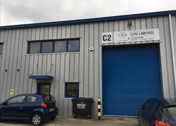 Thumbnail Light industrial for sale in Unit Segensworth Business Centre, Segensworth Road, Fareham, Hants