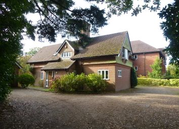 Thumbnail 3 bed flat to rent in Whitwell Hatch, Haslemere