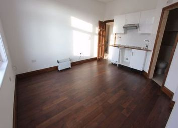 Thumbnail Studio to rent in Finchley Lane, Hendon
