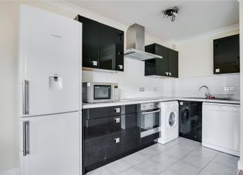 2 bed flat to rent in Curzon Court, Maltings Place, London SW6