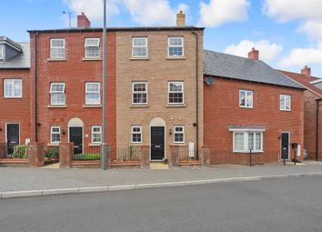 Thumbnail 4 bed town house for sale in Pillow Way, Buckingham