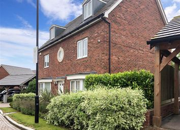 Thumbnail 5 bedroom detached house for sale in Bradbrook Drive, Longfield, Kent
