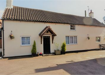 Thumbnail 3 bed cottage for sale in Low Street, Newark