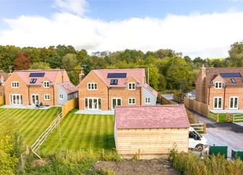 Thumbnail 4 bedroom detached house for sale in Fincham View, Rye Common, Odiham, Hampshire