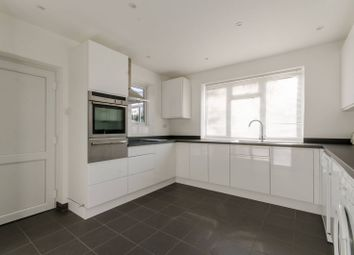 Thumbnail 4 bed property to rent in Latimer Road, Barnet