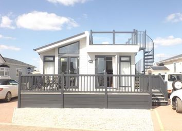 Thumbnail 2 bedroom mobile/park home for sale in Battlesbridge, Wickford, Essex