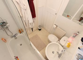 Thumbnail 2 bed flat to rent in East End Road, Barnet