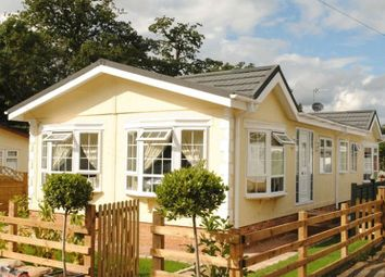 Thumbnail 2 bedroom mobile/park home for sale in The Hermitage, Warfield Street, Warfield, Bracknell