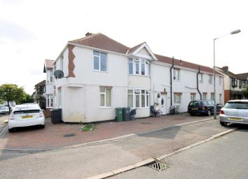 Thumbnail 2 bed flat for sale in Cranleigh Gardens, Luton
