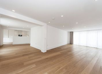 Thumbnail 2 bed flat to rent in Castlereagh Street, London