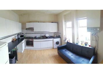 2 bed flat to rent in City Road, Roath, Cardiff CF24