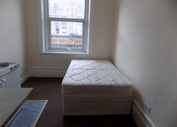 Thumbnail Studio to rent in 230 Kilburn High Road, London