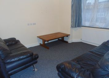 4 bed flat to rent in Charlton Road, Kenton HA3