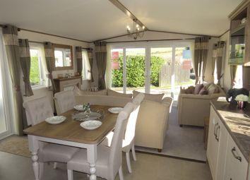 2 bed mobile/park home for sale in Beaumont, Par Beach, Par PL24