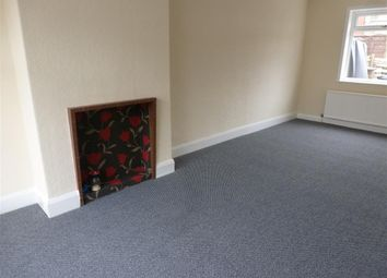 Thumbnail 2 bedroom property to rent in Summergate Place, Halifax