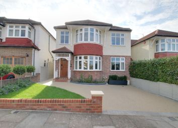 4 bed detached house for sale in Broadfields Avenue, London N21