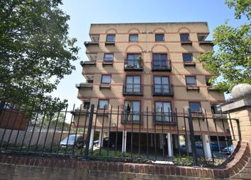 Thumbnail 1 bedroom flat to rent in Chiltern House, Oxford Road, Aylesbury, Buckinghamshire