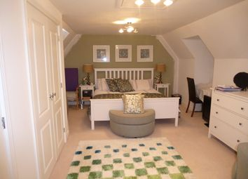 Thumbnail 5 bed property to rent in Cutforth Way, Romsey