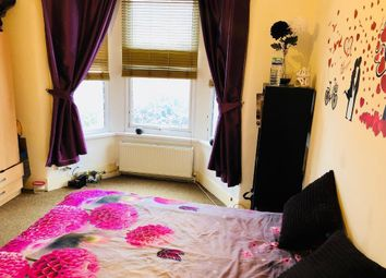 Thumbnail 1 bed flat to rent in Sunningdale Avenue, Barking, Essex, 7Qf, Barking