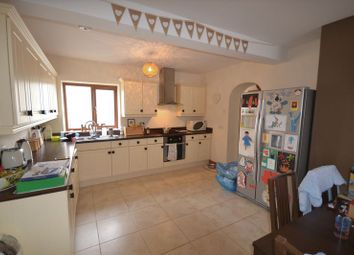 Thumbnail 3 bed detached house to rent in Heol Y Banc, Bancffosfelen, Llanelli