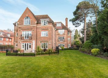 Thumbnail 2 bedroom flat for sale in Queens Road, Weybridge