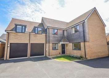 Thumbnail 5 bed detached house for sale in Robinson Close, Wootton