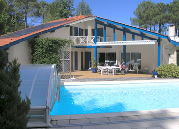 Thumbnail 4 bed villa for sale in Seignosse Town / Golf Course, Soorts-Hossegor, Soustons, Dax, Landes, Aquitaine, France