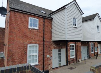 Thumbnail Studio to rent in London Court, East Street, Reading