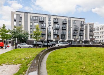 Thumbnail 2 bed flat for sale in Hollyfield, Pooles Park, London