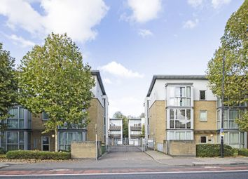 2 bed flat for sale in Kinglet Close, Forest Gate, London E7