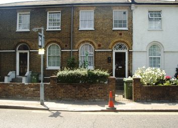 Thumbnail 1 bedroom flat to rent in Peckham Hill Street, Peckham, London