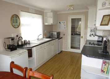 Thumbnail 2 bedroom mobile/park home for sale in Priory Road, Ruskington, Sleaford