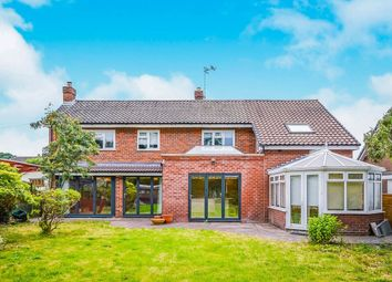 Thumbnail 5 bed detached house for sale in Hampton Close, Oswestry