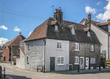 Thumbnail 2 bedroom cottage for sale in Queen Street, Arundel, West Sussex