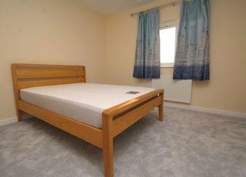2 bed flat to rent in Star Road, Uxbridge UB10