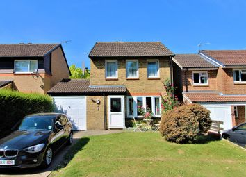 Thumbnail 3 bed detached house to rent in Sissinghurst Close, Crawley, West Sussex.