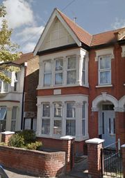 Thumbnail 1 bed property to rent in Brightwell Avenue, Westcliff-On-Sea