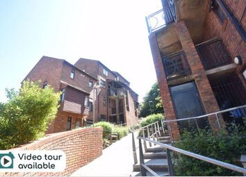 Thumbnail 2 bed property to rent in Downs Road, Luton