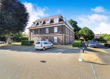 Thumbnail 2 bedroom flat for sale in Hills Manor, Guildford Road, Horsham