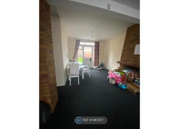 Cranford Lane, Hounslow TW5. 3 bed semi-detached house