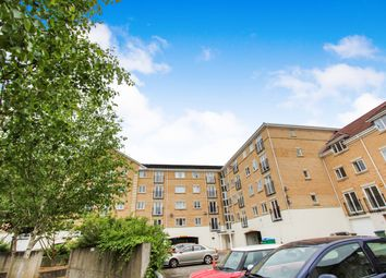 The Dell, Banister Park, Southampton SO15. 2 bed flat for sale