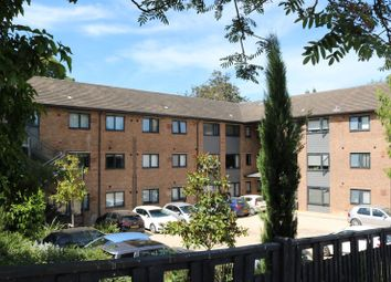 Lincoln House, Brookfield Road, Wooburn Green HP10. 1 bed flat