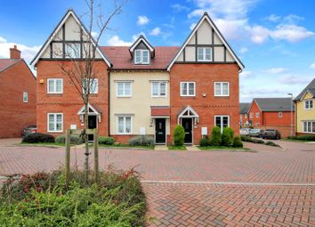 Abingdon Close, Basildon SS15. 3 bed terraced house for sale