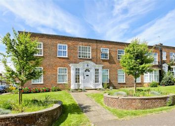 Thumbnail 2 bed flat for sale in The Upper Drive, Hove, East Sussex