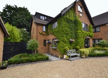 Thumbnail 5 bed detached house to rent in Cranberry Close, Walnut Tree, Milton Keynes