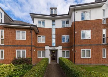 Thumbnail 2 bed flat to rent in Greenwich Court, Park View Close, St Albans
