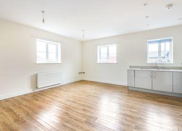 Thumbnail 2 bed flat to rent in High Street, Edenbridge, Kent
