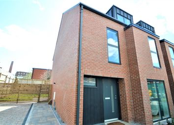 Thumbnail 4 bed town house for sale in St George's Gardens, Heaviley, Stockport